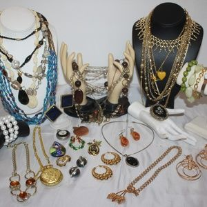 VINTAGE TO NOW JEWELRY BUNDLE LOT